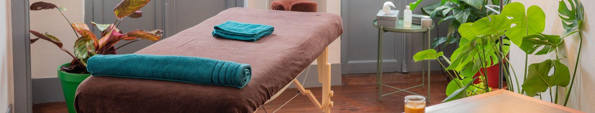 La dimension de la table de massage - image